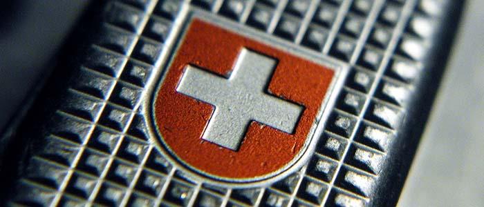 la storia del coltellino svizzero